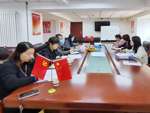 雁塔区工会领导莅临陕西鑫安安防参观指导工作