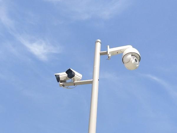 防止高空坠物,一定要安排高空坠物监控系统