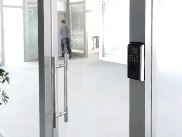 智能门禁系统保障安全,能够很好的提升用户安全感